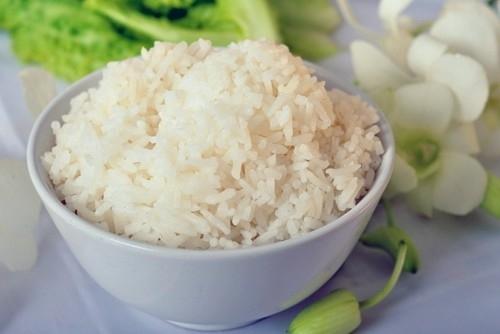 想要简单轻松制作米饭,一台实用的电饭煲是必不可少的.