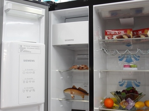 黑影魅惑 西门子新品对开门冰箱上市