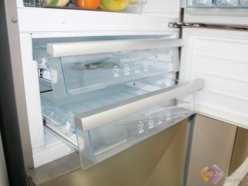 无霜设计更受捧 松下三门冰箱亮相卖场