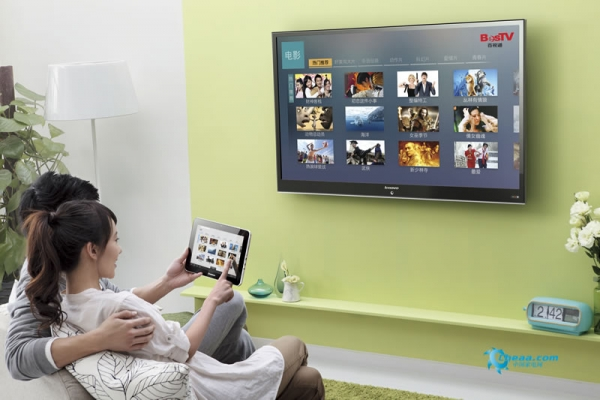 联想智能电视-pad看电影