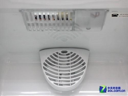 电脑精确控温 西门子三开门冰箱4786元