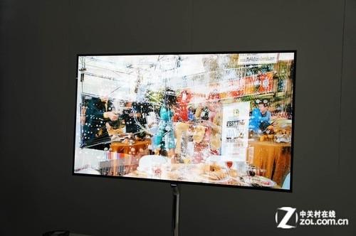 同屏3D不同画面 三星展示全新OLED电视