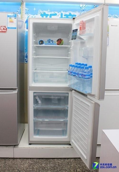 七档温度调节 松下双开门冰箱现2199元