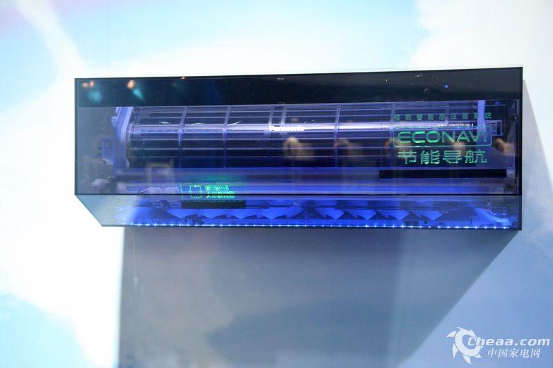 2013-03-20 13:16 来源:中国家电网 本次家电博览会上,松下以绿色节能为主题向观众展示了众多松下节能技术,同时也为消费者带来了诸多优秀的展品,下面小编带领大家领略松下绿色环保技术。 分享到: