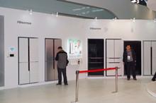 海信容聲展出的大容量冰箱產品圖