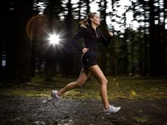 健身日要有好体魄 运动可用净水壶推荐