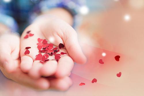 温暖感恩节 贴心礼物传递情意