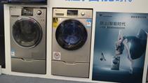 衣物更潔凈 小天鵝滾筒洗衣機自由洗衣