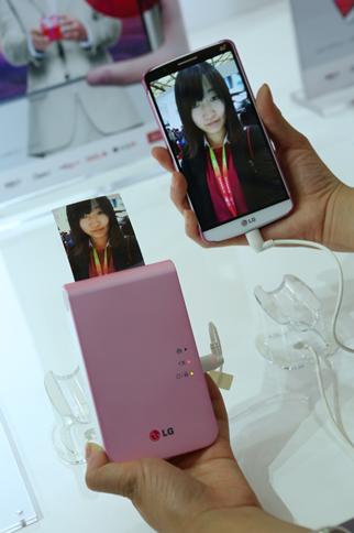 LG移动周边全方位发力  趣拍得、便携式蓝牙音箱为家博会增色446.png