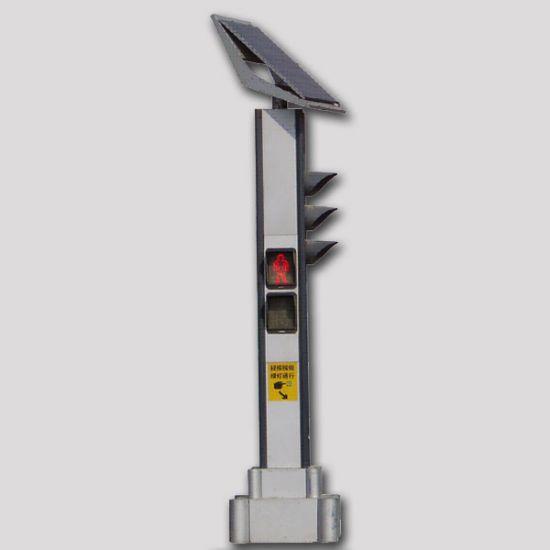 太阳能信号灯上岗 柴油发电机持续供电
