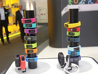 IFA2015令人期待的可穿戴設備:耳機+手環