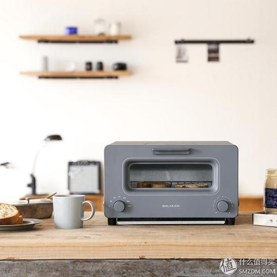 号称可烤出世界上最好吃的面包:BALMUDA 巴慕达 The Toaster 烤面包机新出限量灰色