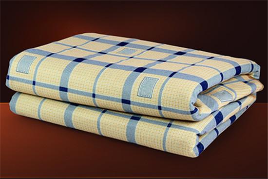 用电热毯的坏处_电热毯的危害 孕妇可以睡电热毯吗