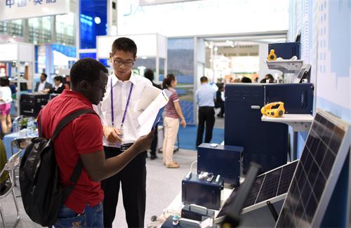 世界领先的中国太阳能产品南非闪亮登场