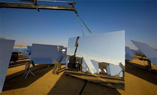 前三季新增光伏发电装机容量990万千瓦