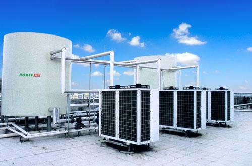 空气能热水器水箱需定期清洗 保证清洁