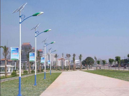 [抚松]228盏太阳能路灯 居民晚上出行不难