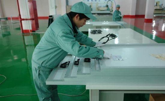 新型复合材料简化太阳能电池制作步骤