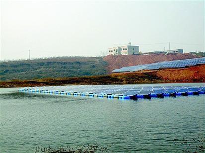 [襄阳]全省首座水面光伏电站并网发电