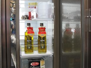 鲜到细胞级!卡萨帝高端T型冰箱完美亮相AWE