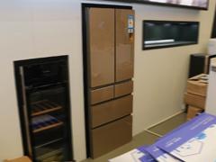 智能鲜分区 美的凡帝罗多门冰箱亮相AWE