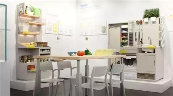 房价太贵就别买厨房了反正桌子可以解决三餐