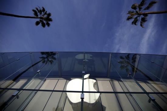 """全球市值榜大洗牌:""""五连冠""""苹果今年悬了"""