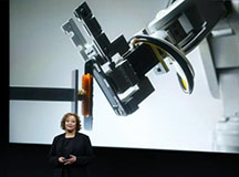 苹果手机回收拆解机械人:拆机只需11秒