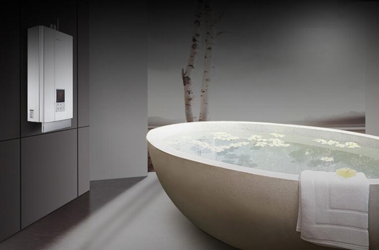 万家乐X7中央热水燃气热水器体验评测