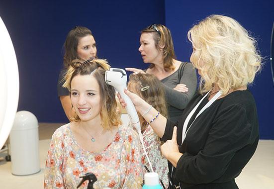 眾多美容儀亮相IFA 讓女人更自信