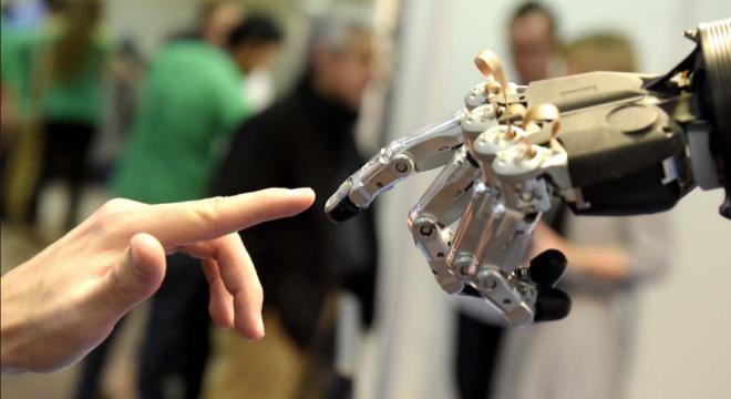巨头竞相押宝人工智能 下个十年该看谁?