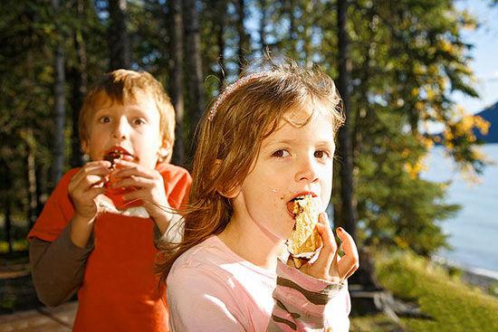 健康常识:吃完饭后这9件事一定不要做