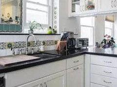厨房细菌这么多!每周一次的大扫除很必要