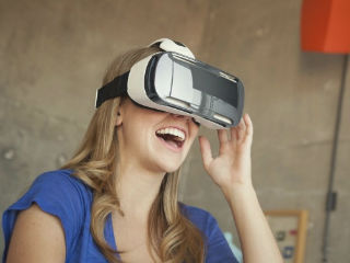 蓝海广阔 电商巨头能玩转VR购物吗?