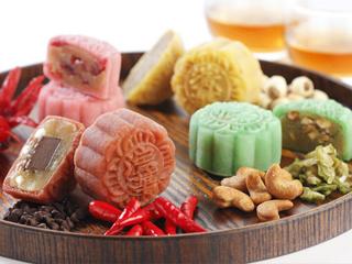 中秋节已过 奇葩馅的月饼你吃了几块?