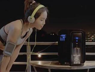 世界首款智能反渗透净水器 还能提醒喝水