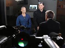 美国名嘴主持采访一个机器人反被调戏