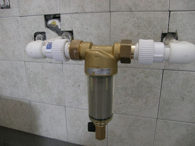装修必读:家用净水前置过滤器应该怎么选