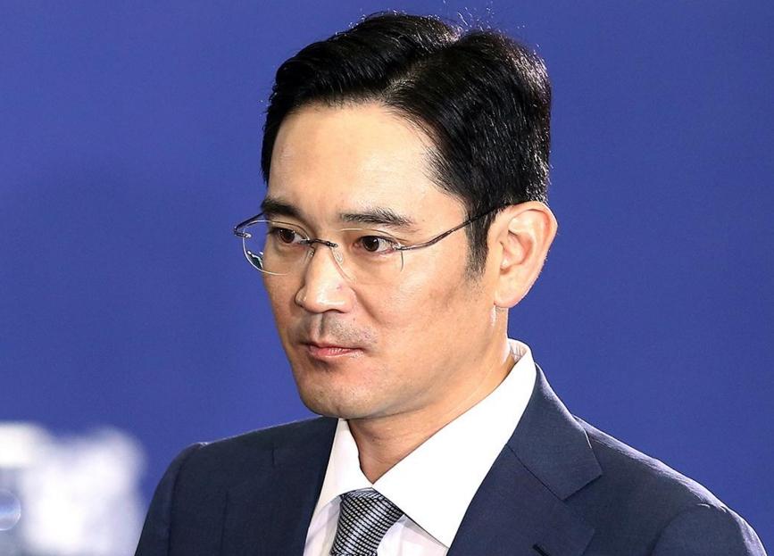 """三星""""太子""""李在镕:韩式财阀悲剧继承者"""