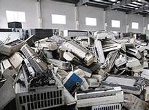 贵阳探访家电回收站 上千废家电堆积如山