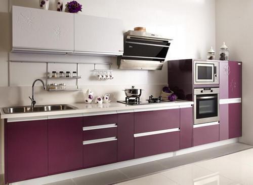 – 装修设计 – 公司案例  厨房是家居中很重要的一部分,通常厨房布局