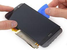 手机一年出四次故障 运营商该不该赔?