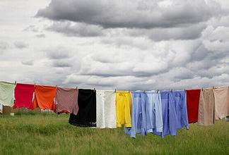 天气太冷太潮 衣服洗完难晒干怎么破?