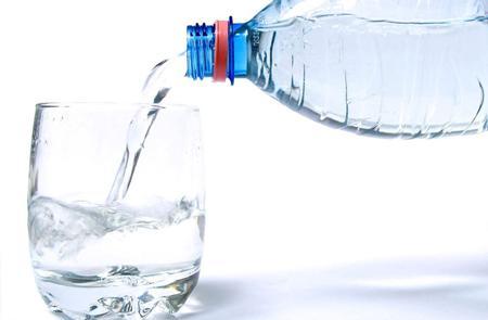 健康饮水 消费者是否必备净水器?