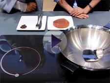 海尔智能电磁灶2分钟速煎牛排