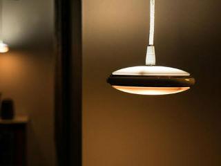 这款LED灯有学习能力 根据需求自动调整照明