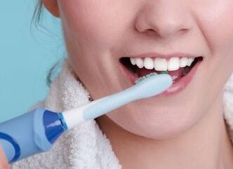 电动牙刷的生存法则:如何用它才更健康