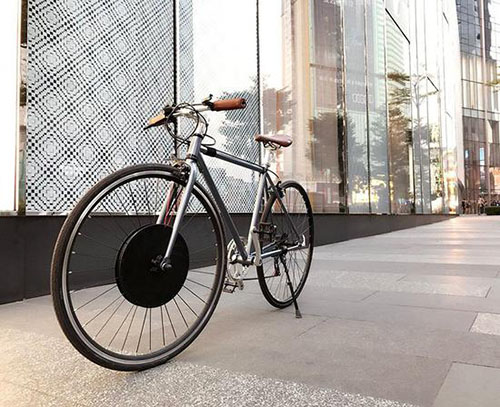 车轮 我用它把自行车改装成了电动车