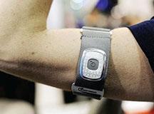 工信部:引导加强智能可穿戴设备研发应用