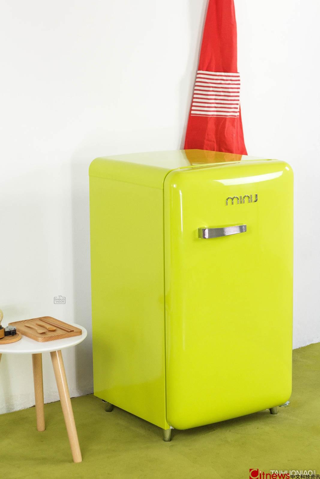 给家里添道风景 可以选它:小吉复古冰箱